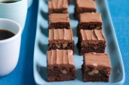 rich-chocolate-brownies-16896_l